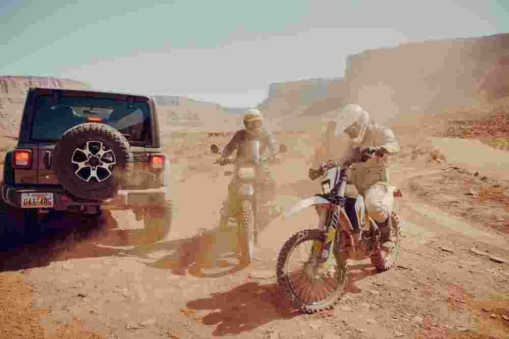 Deanbradshaw Aether Apparel Moab 12