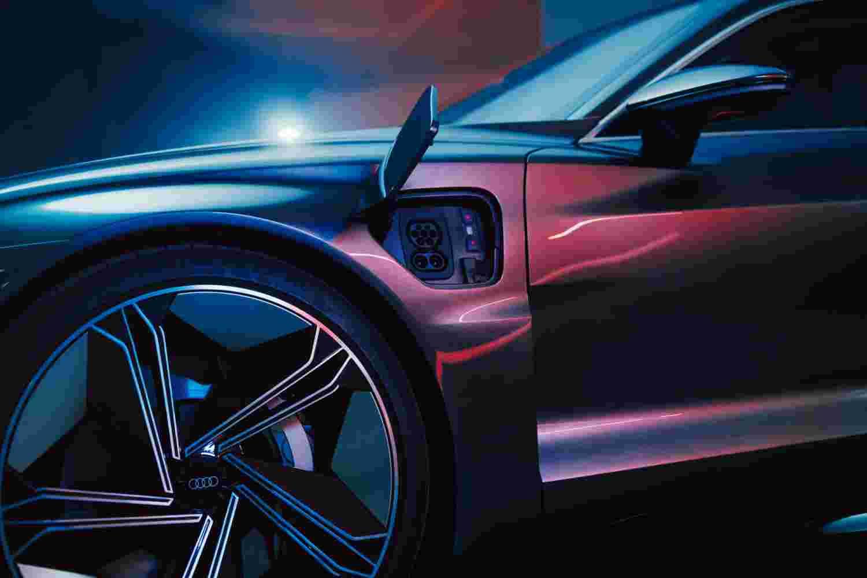 Deanbradshaw Audi Etron4