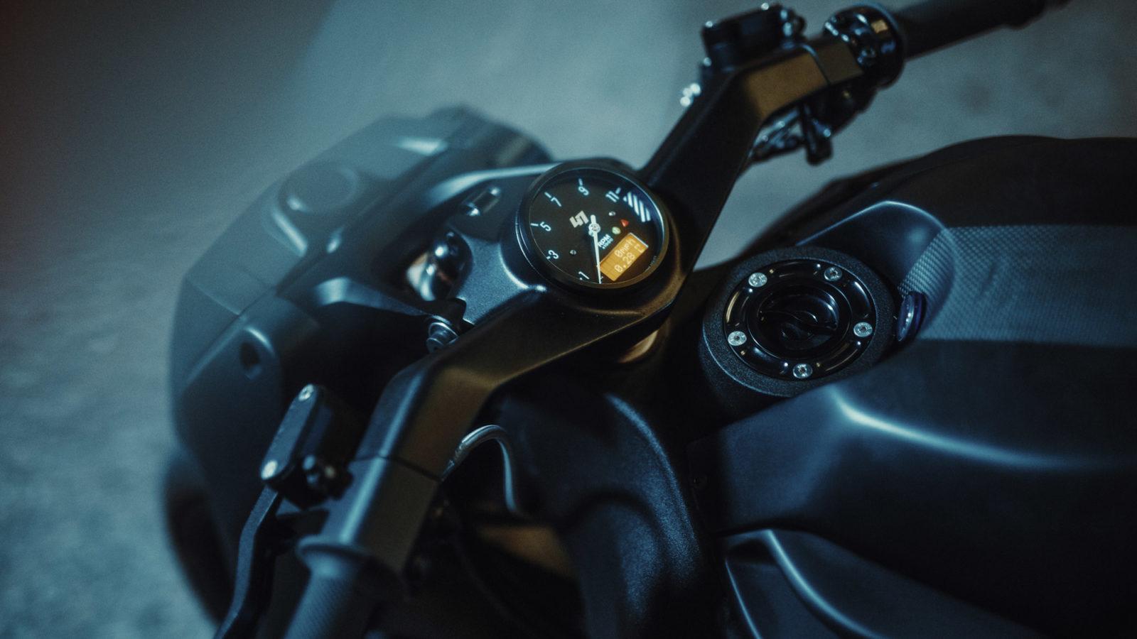 Deanbradshaw Ronin Motorcycle1